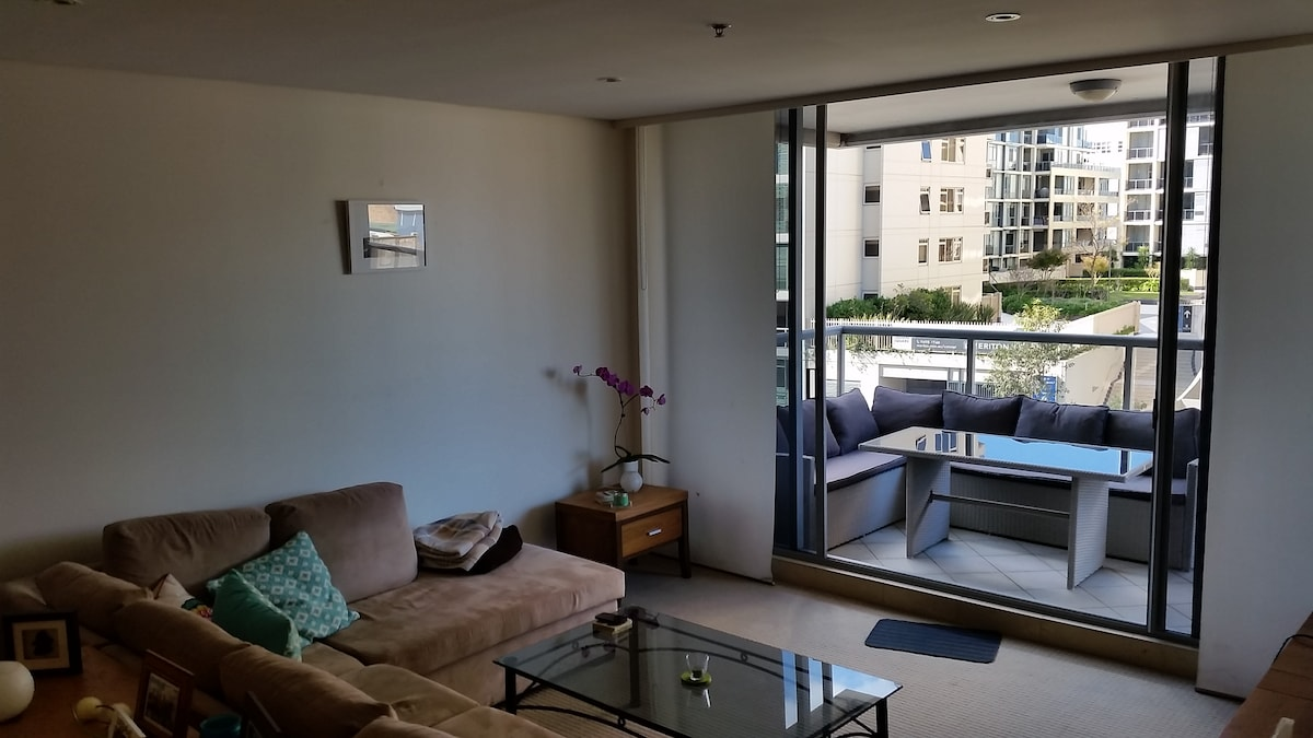 Beautiful Large One Bed Apartment