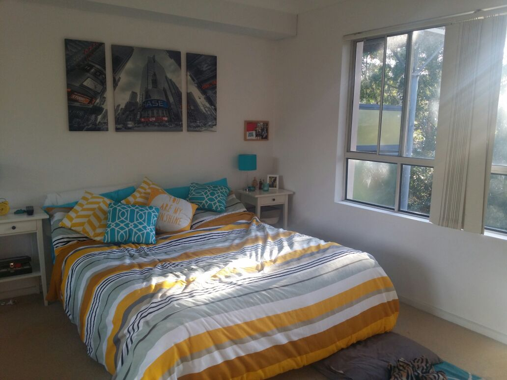 Cozy 1 bed apartment with balcony!