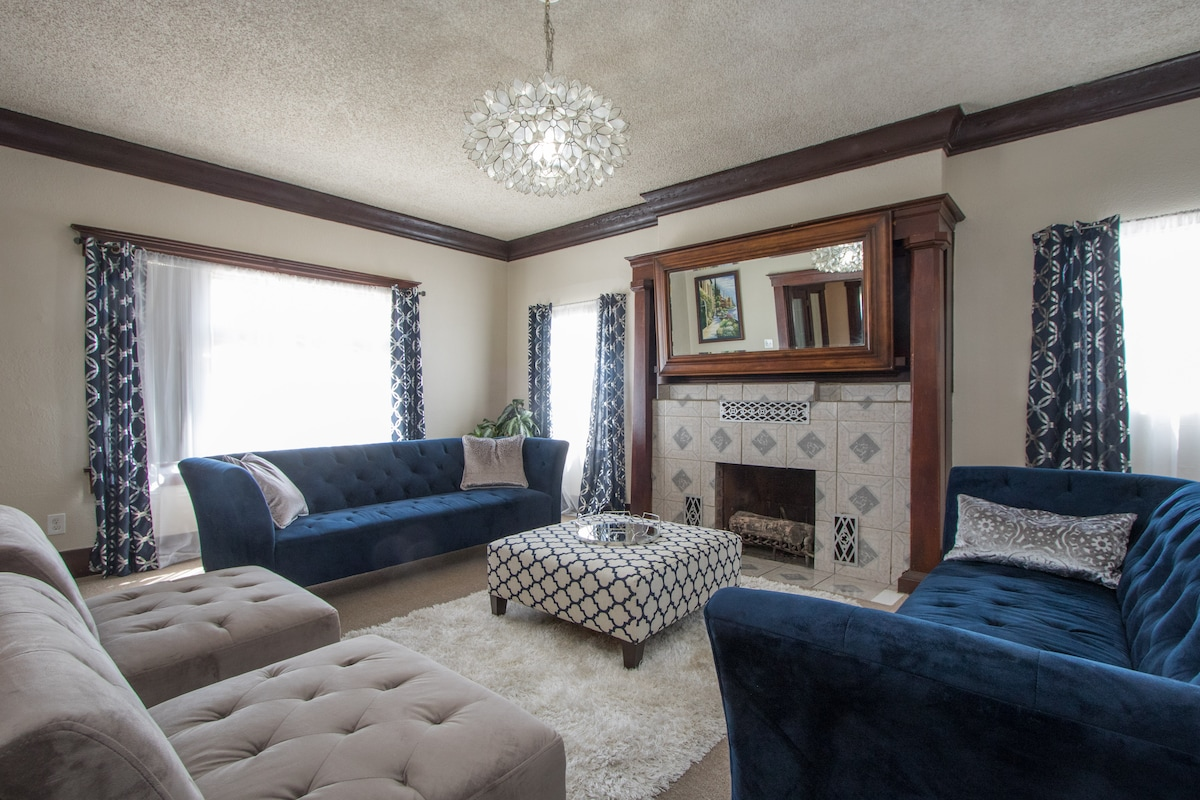 Private Room - 2 Twin Beds