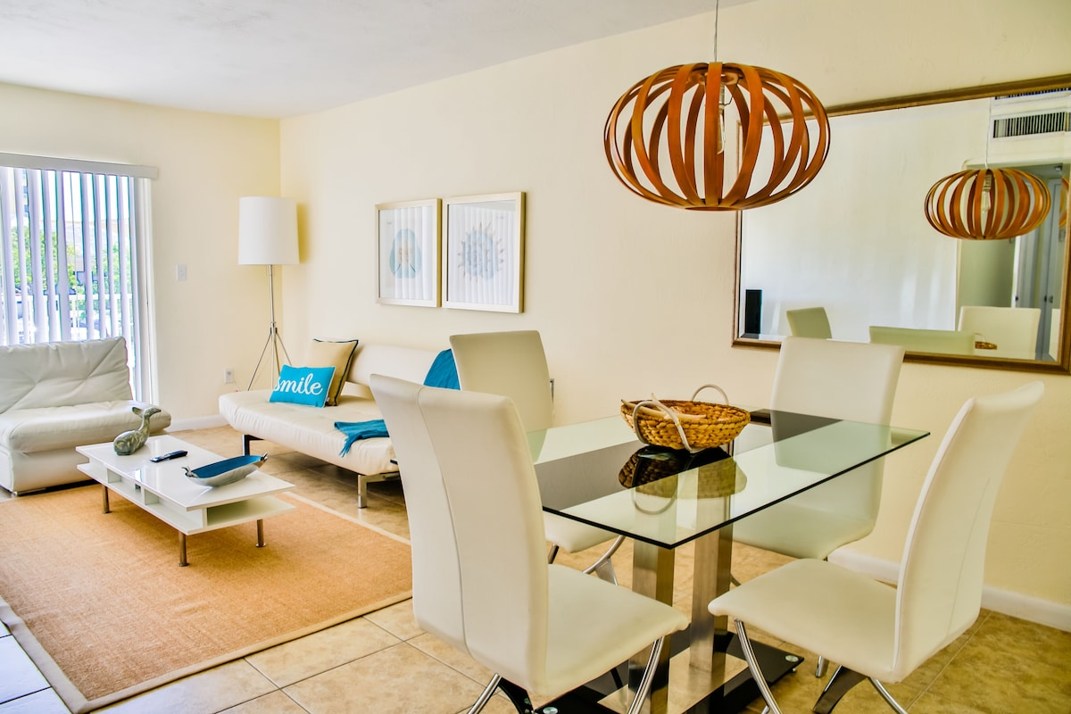 2BR/2BA MAGIC KEY BISCAYNE SUITE