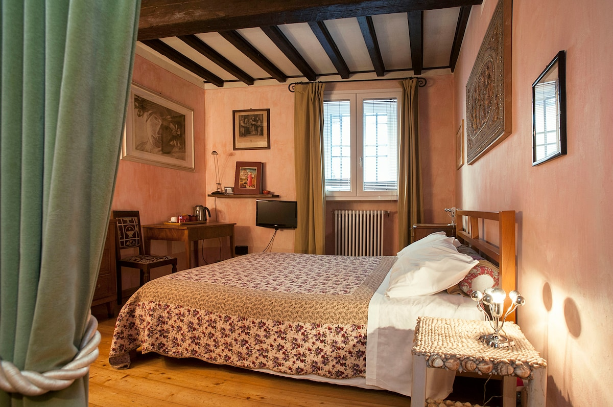 your room in florence