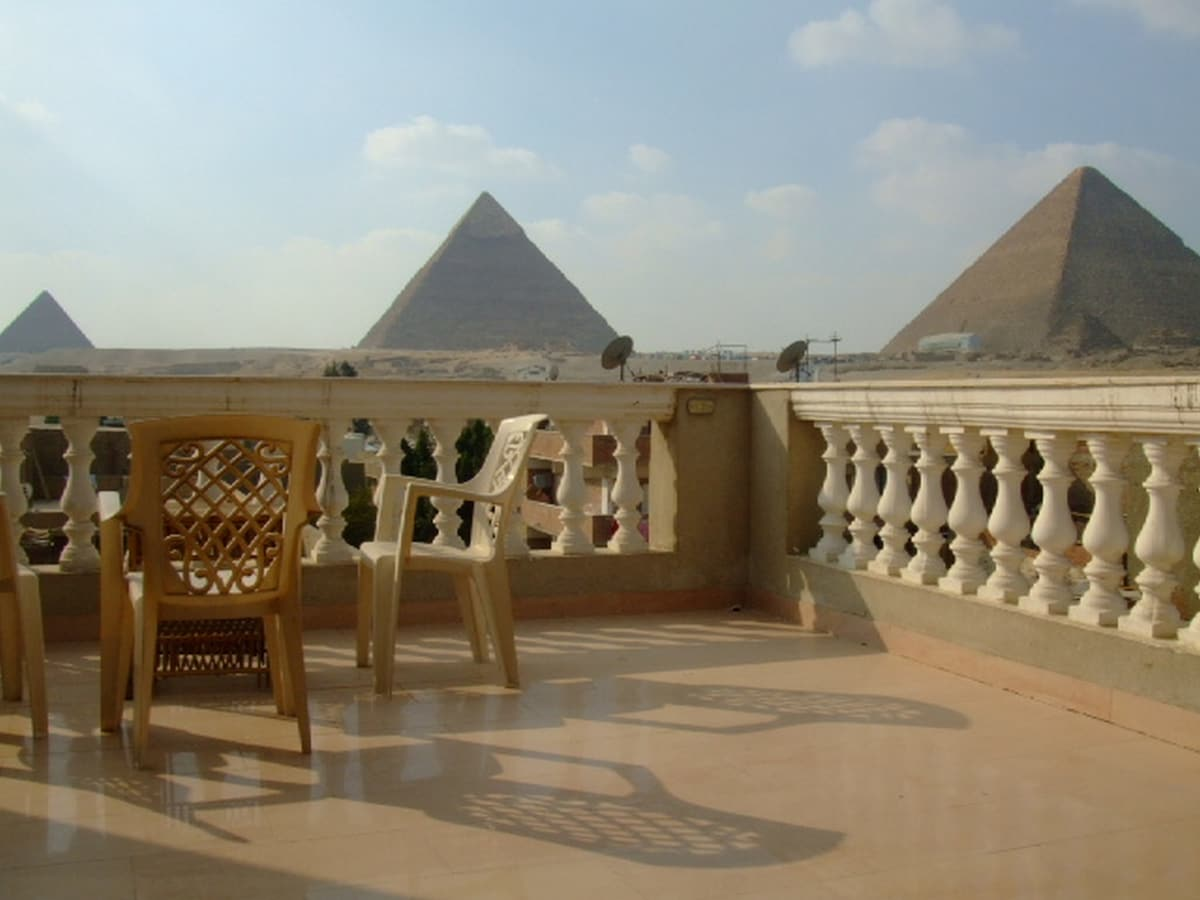 Pyramids View 2 bedrooms apartment