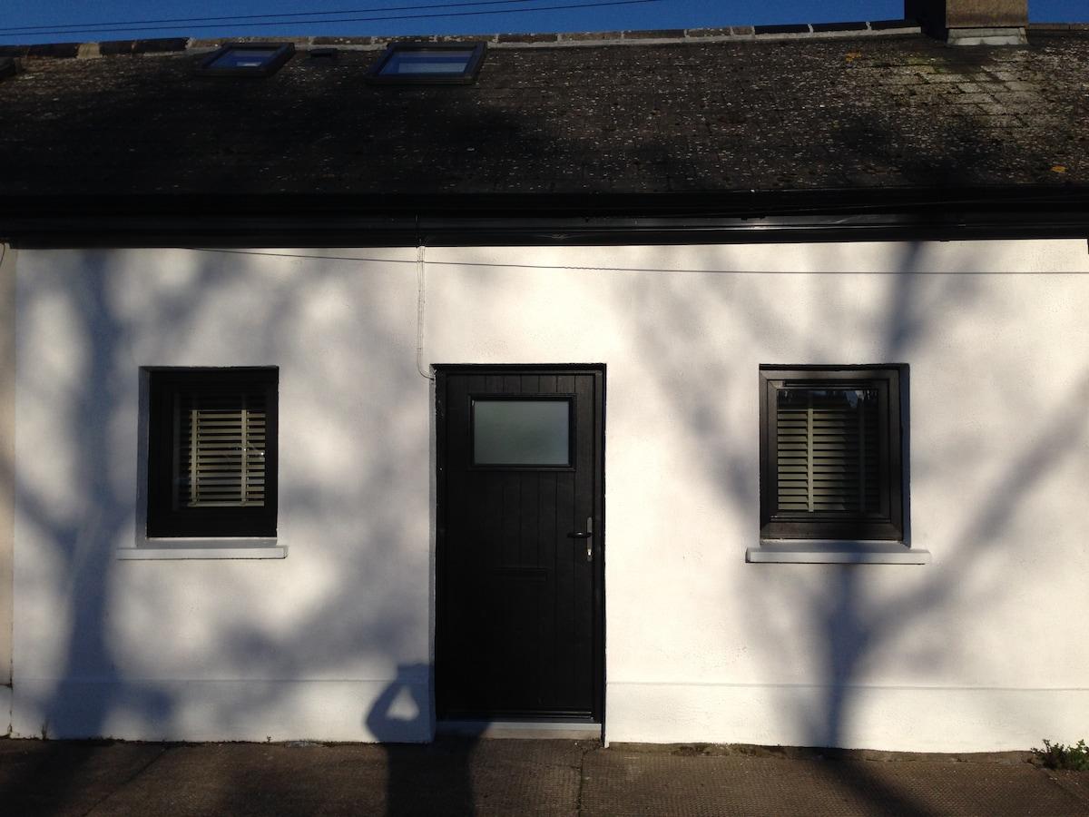 Newly refurbished Cottage!