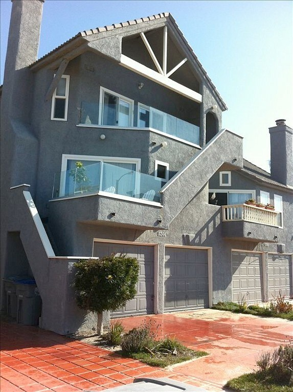 Ocean and Beach View Townhouse on M