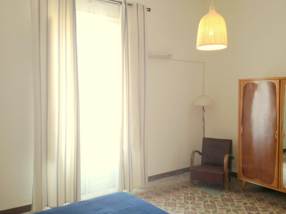 Chic apartment x6 in Palermo centre