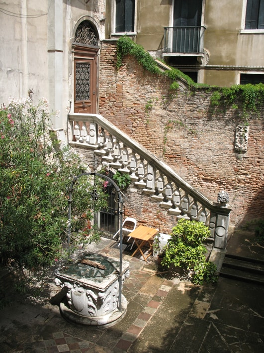 The private courtyard