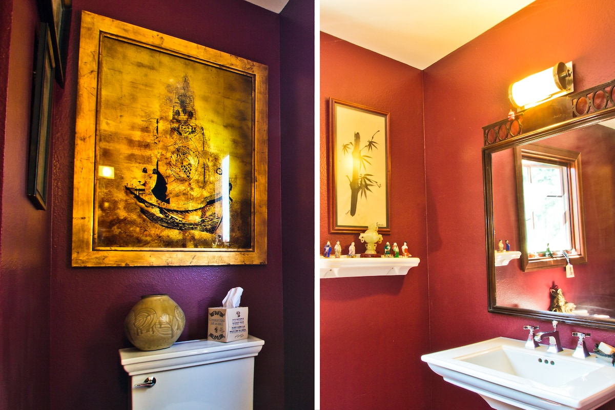 The Asian-themed downstairs half bath.