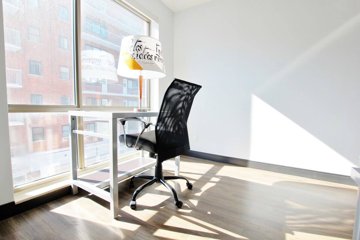 Cozy & Bright Studio 2 by Flatbook