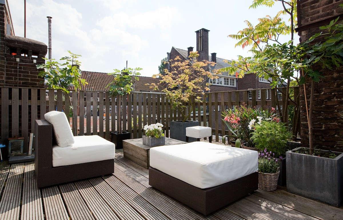 Charming Studio with Roof Terrace