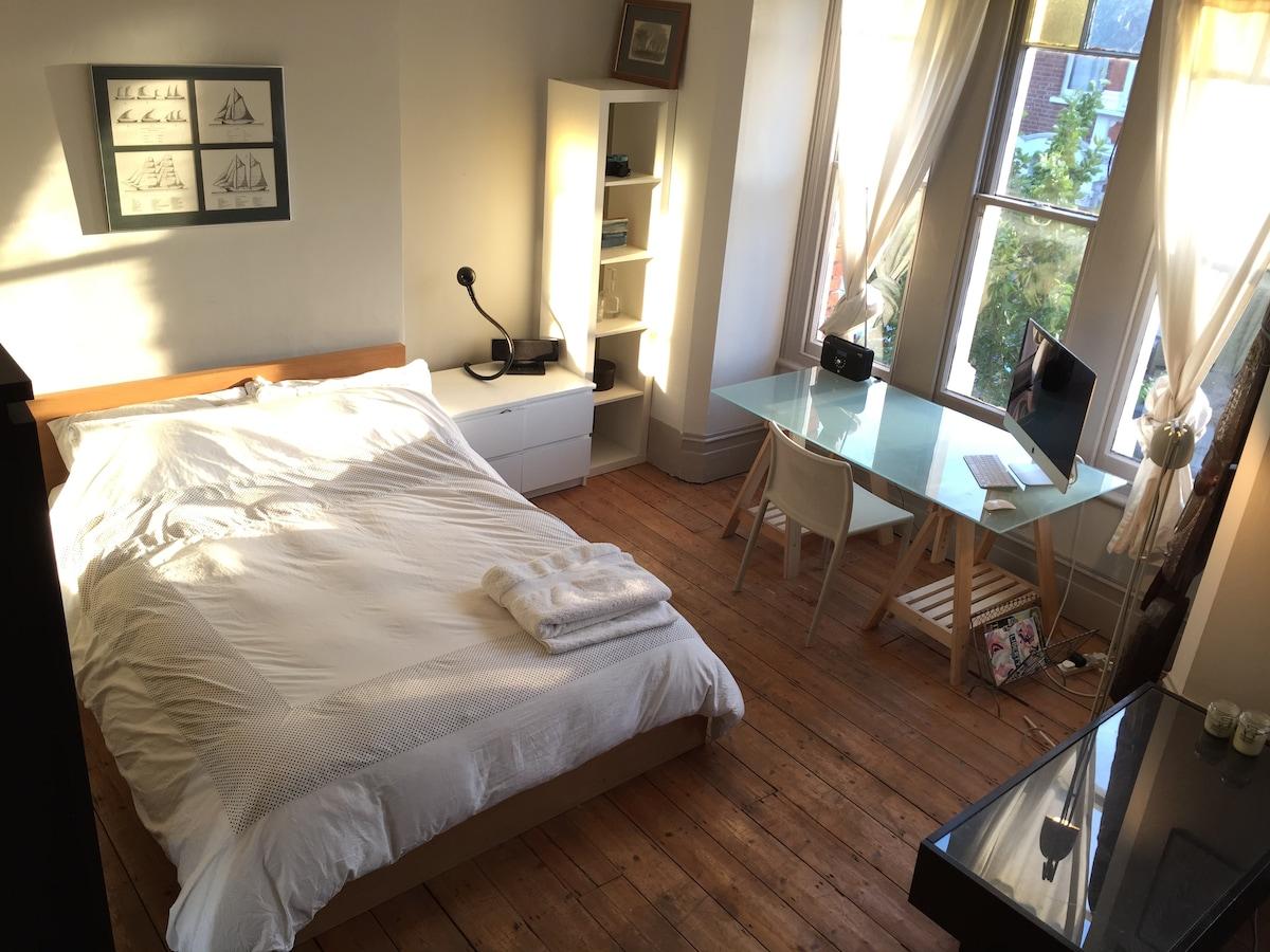 Great value double room Islington