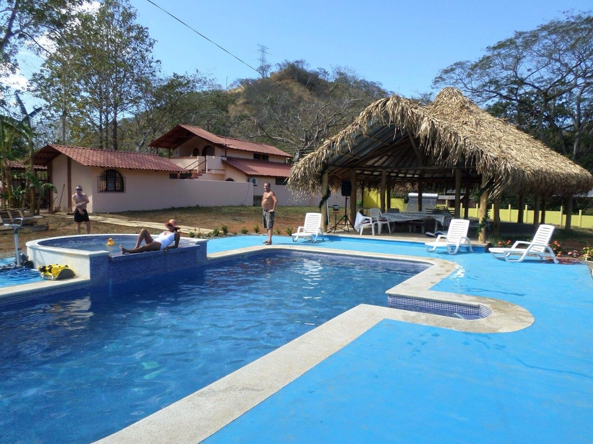 Casa Hola Eco Retreat