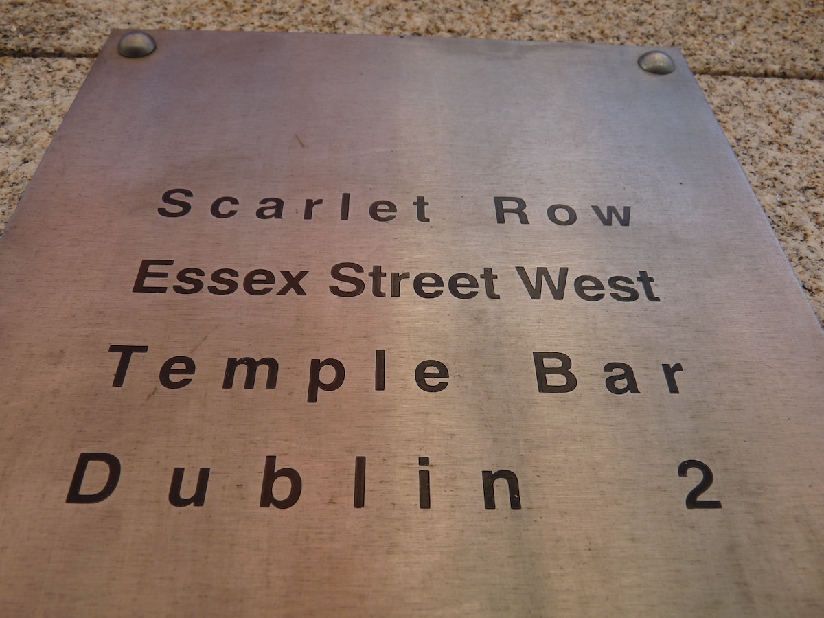 Central,Classy,& Restful-Temple Bar