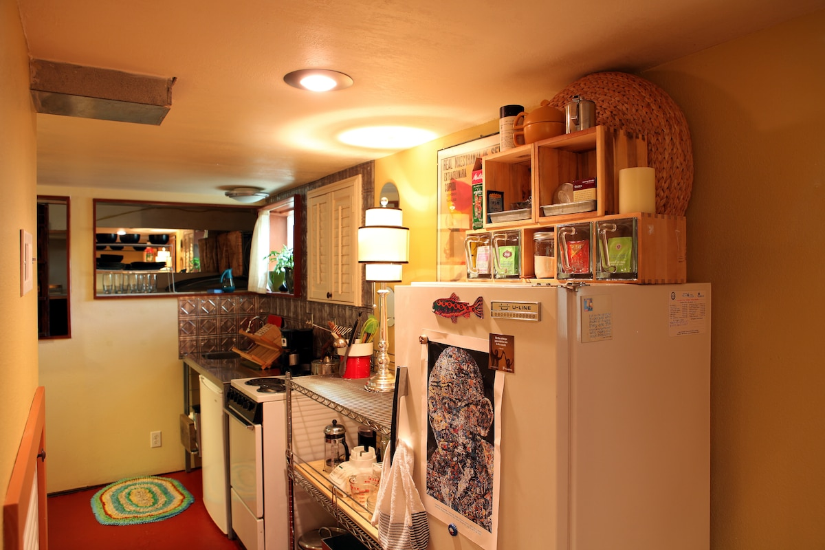 There are actually 2 fridges to choose from; perfect for the traveller that enjoys a home cooked meal...or, you could just make one a beverage cooler too!
