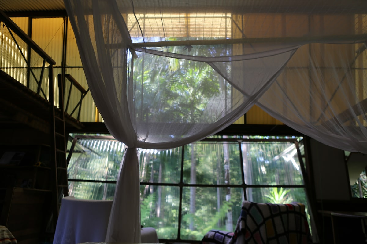 River Room, Bellingen Treehouse