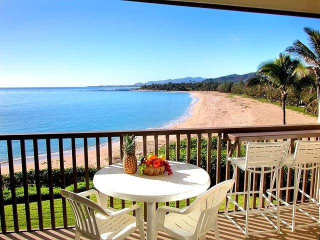 Oceanfront Condo Close to Airport