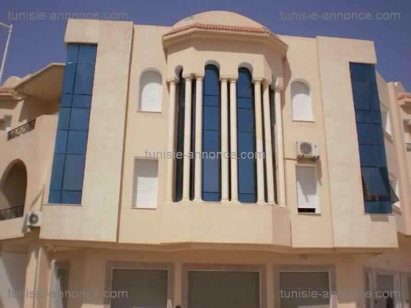 S+3 haut standing à Ain Zaghouen