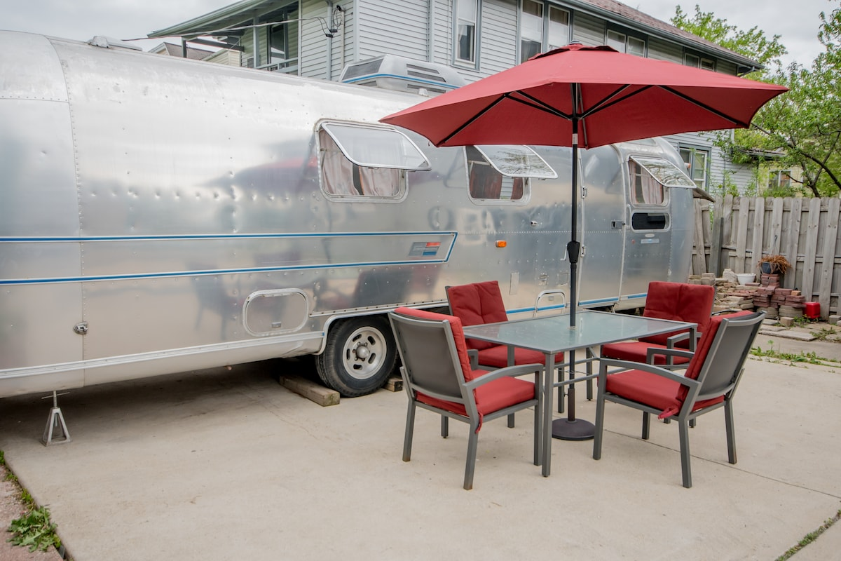 Airstream RV Trailer +Patio/NETFLIX