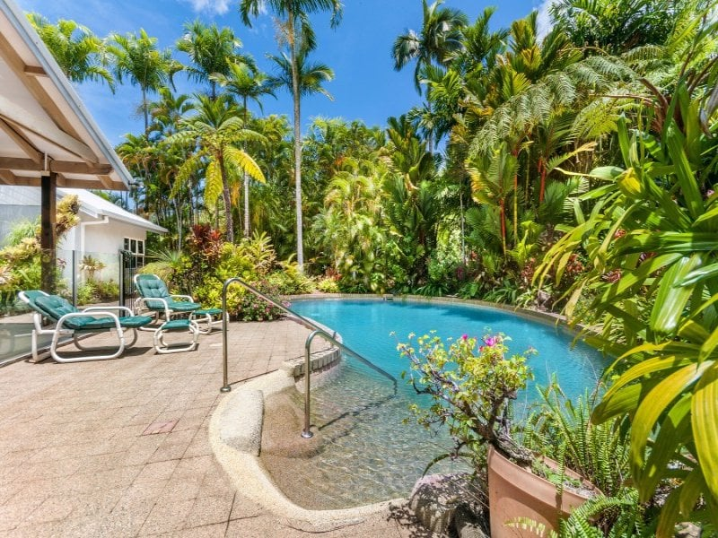 Kewarra Cottage in a Tropical Oasis