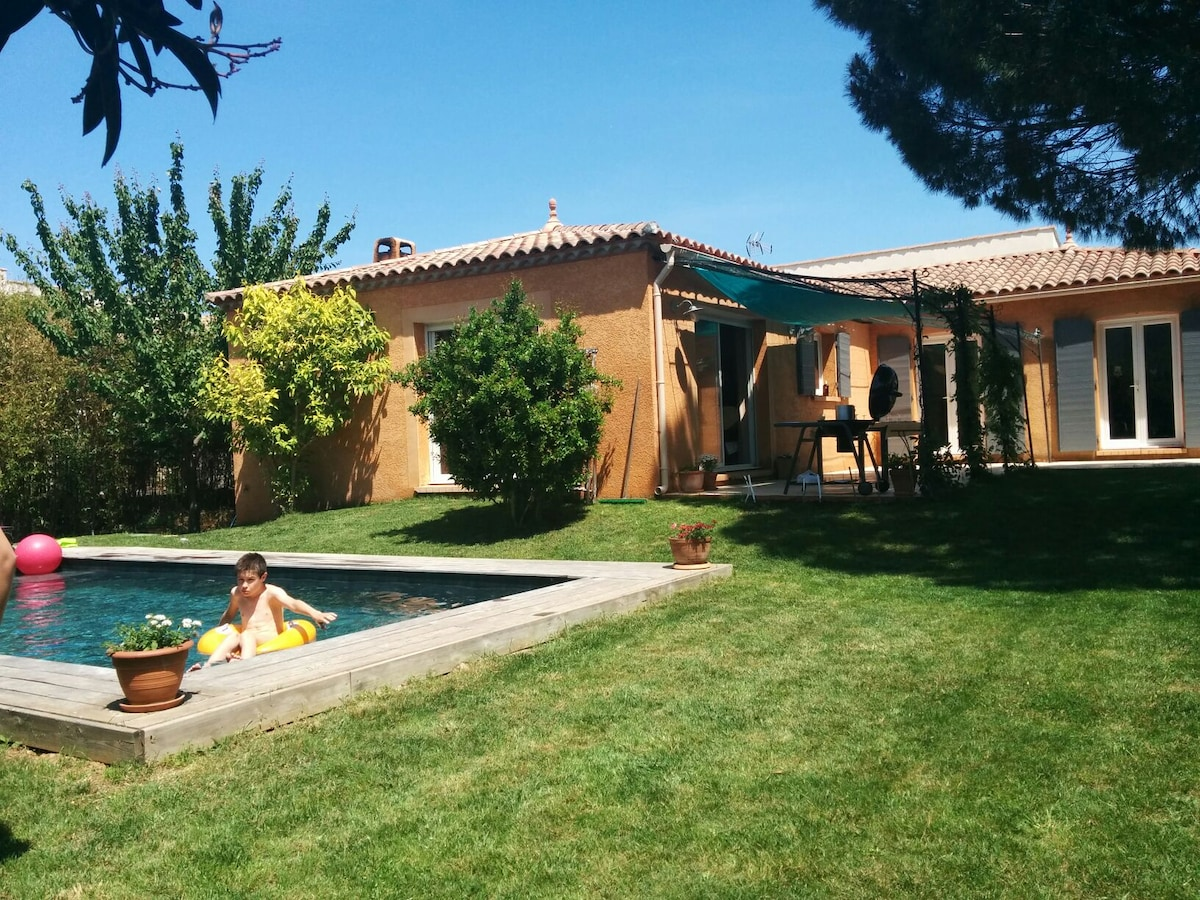 villa with pool close to the beach