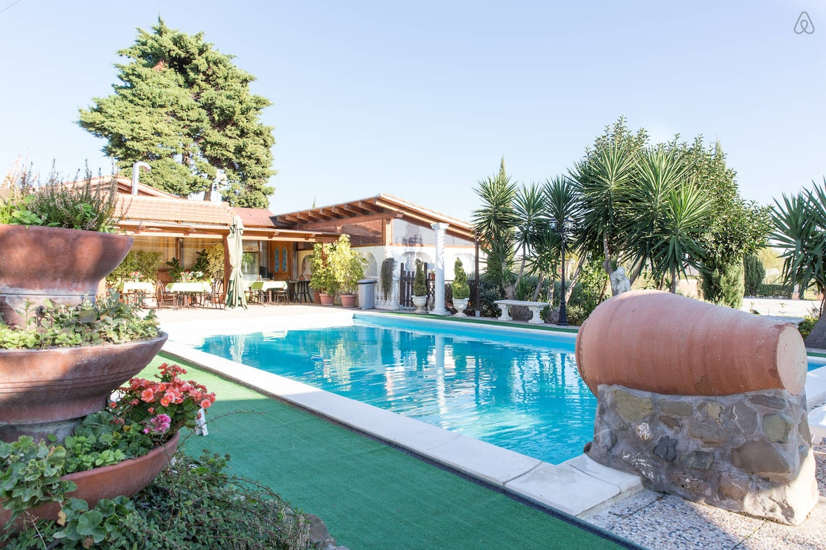 Cheap Bungalow  close to Rome