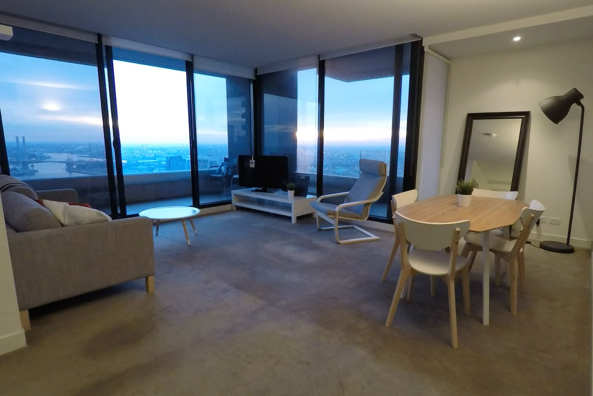 Large 2Bed Apartment Amazing Views