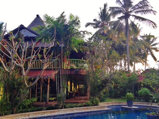 $200 SPECIAL 4-bed heritage villa!