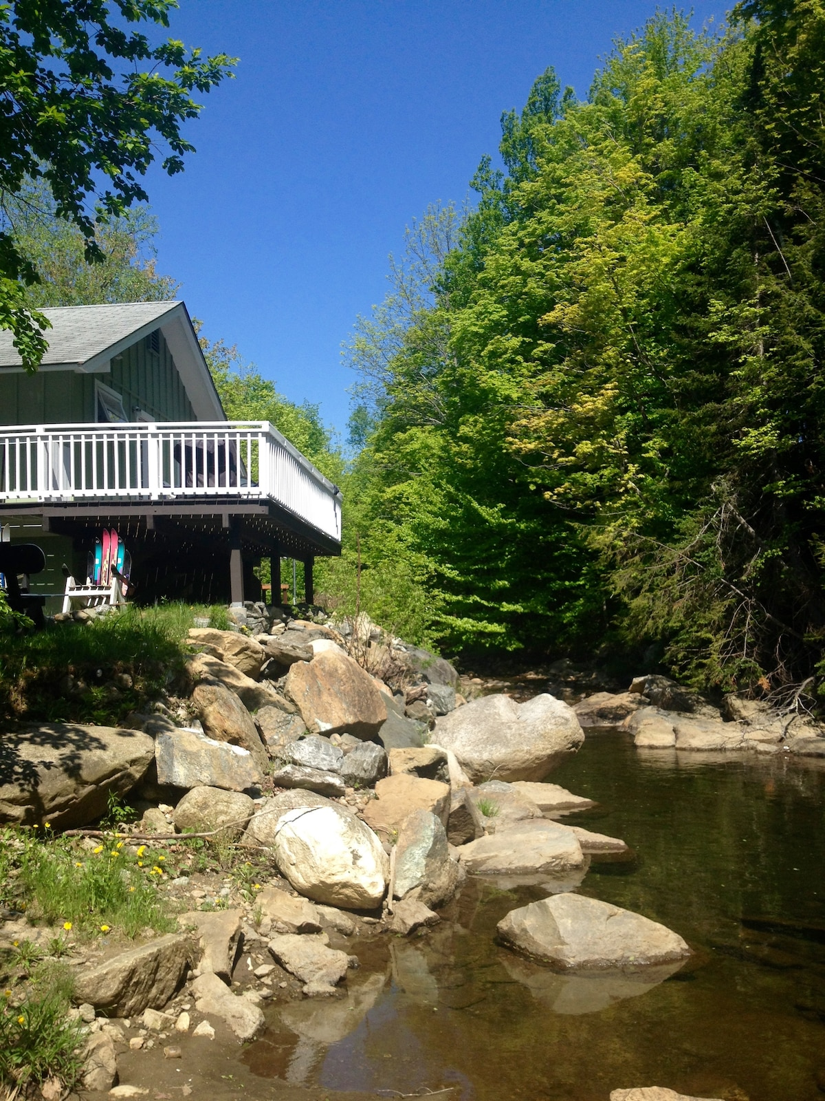 Mount Snow River House 1 mile away