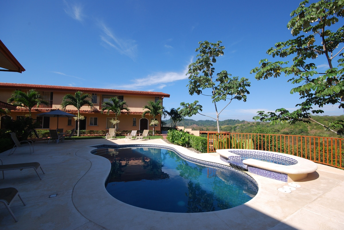 Spacious 3 bedroom in quiet residential community in the Hills of Jaco.