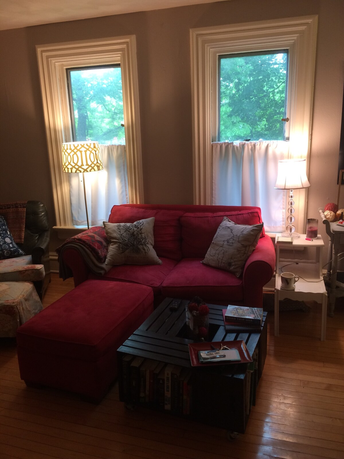 Cozy BD on MSN's charming East Side