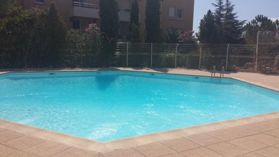 Studio avec piscine, terrasse & wif