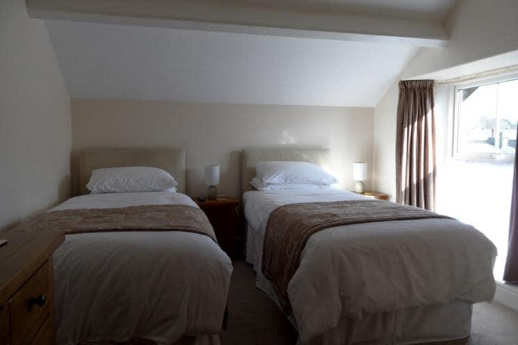 B&B Twin en-suite Room 6