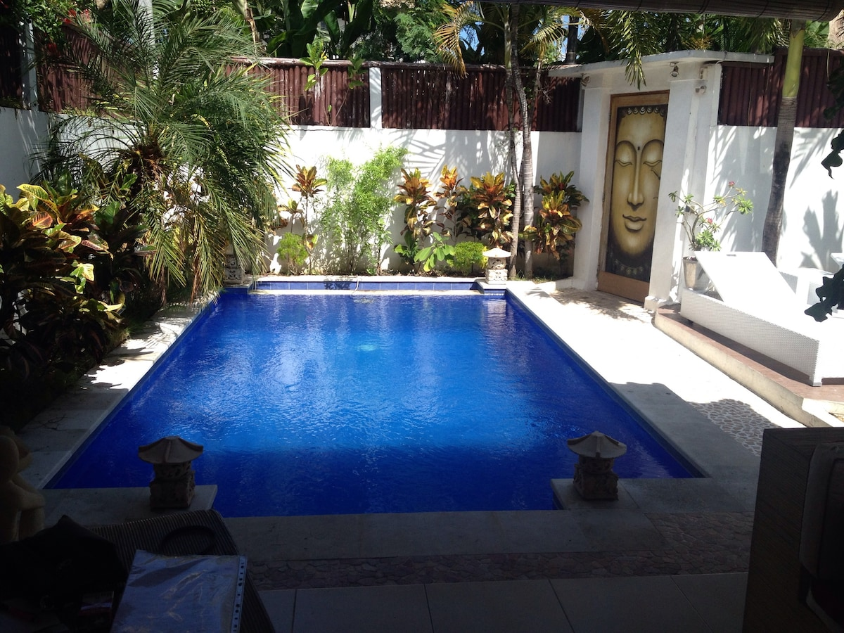 Tropical Villa 2 bedrooms Seminyak