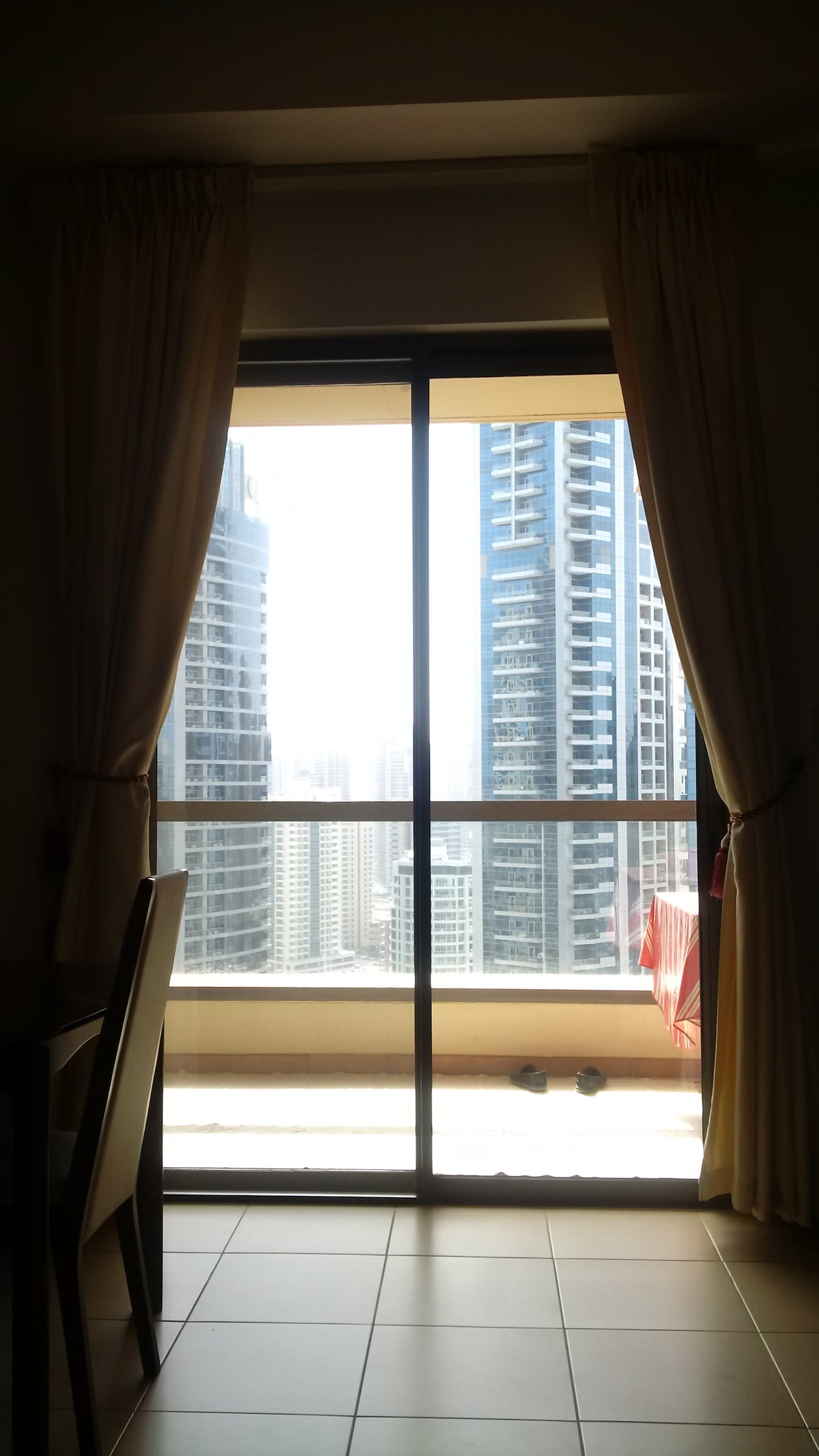 Cozy private room in JBR