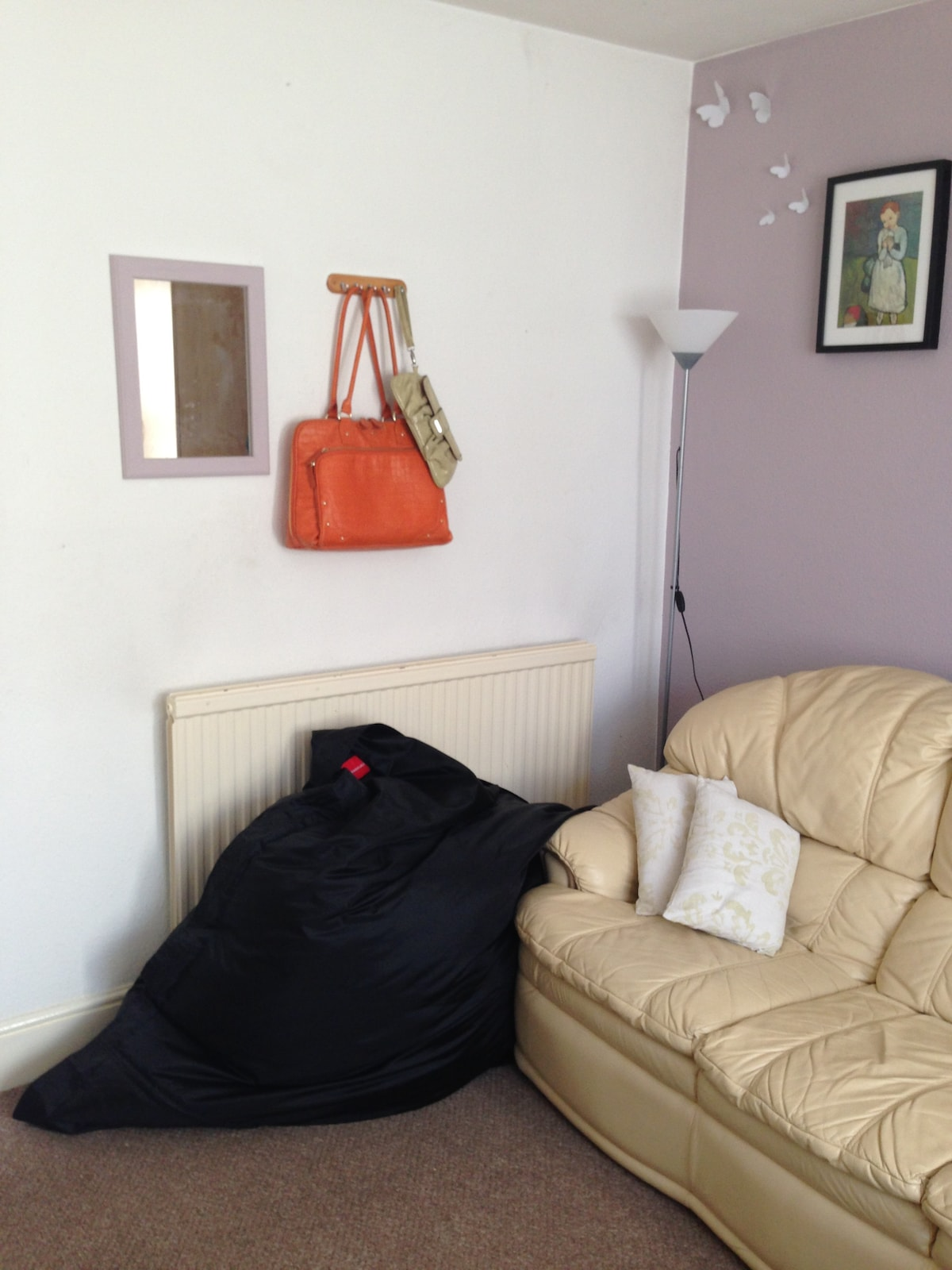 1 bed flat with garden town centre