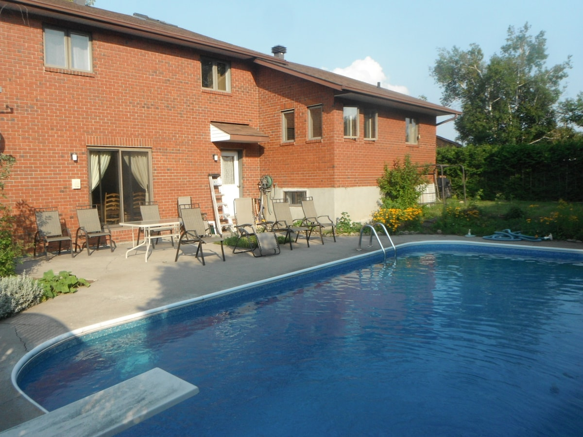 Beautiful spacious house(3+2 BED)
