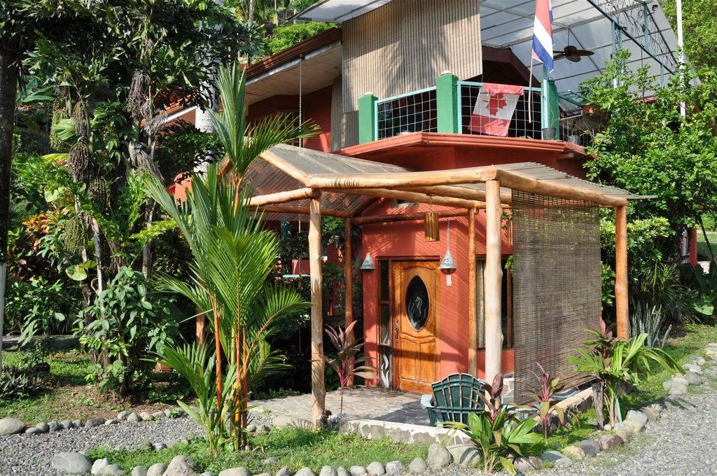 Garden View King Suite