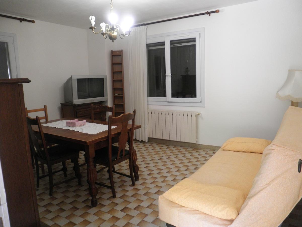 appartement meuble climatise de 75m