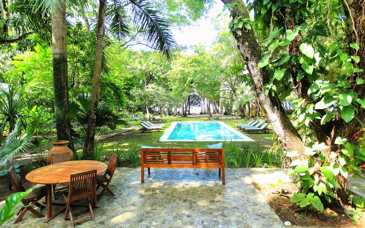 Tranquil  Beachfront Estate