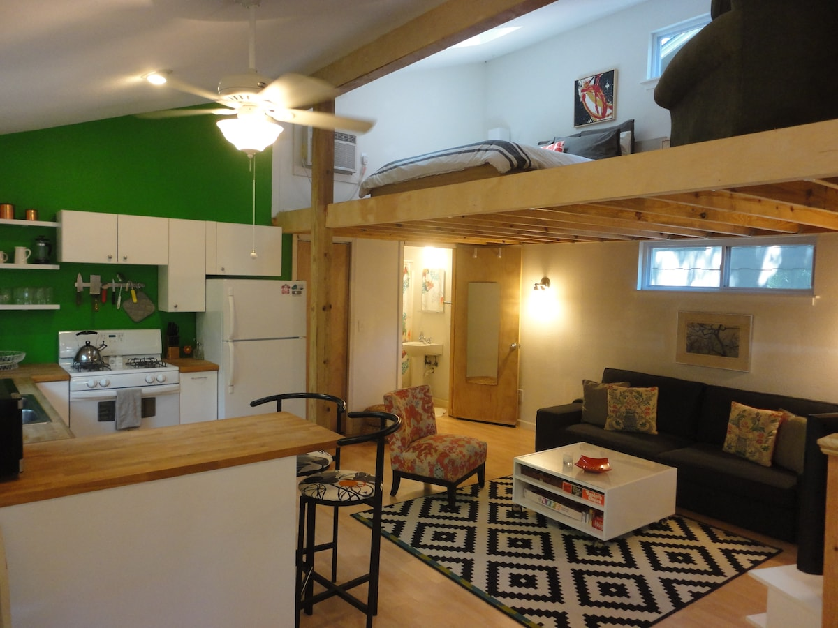 Tiny House- Best Central Location!