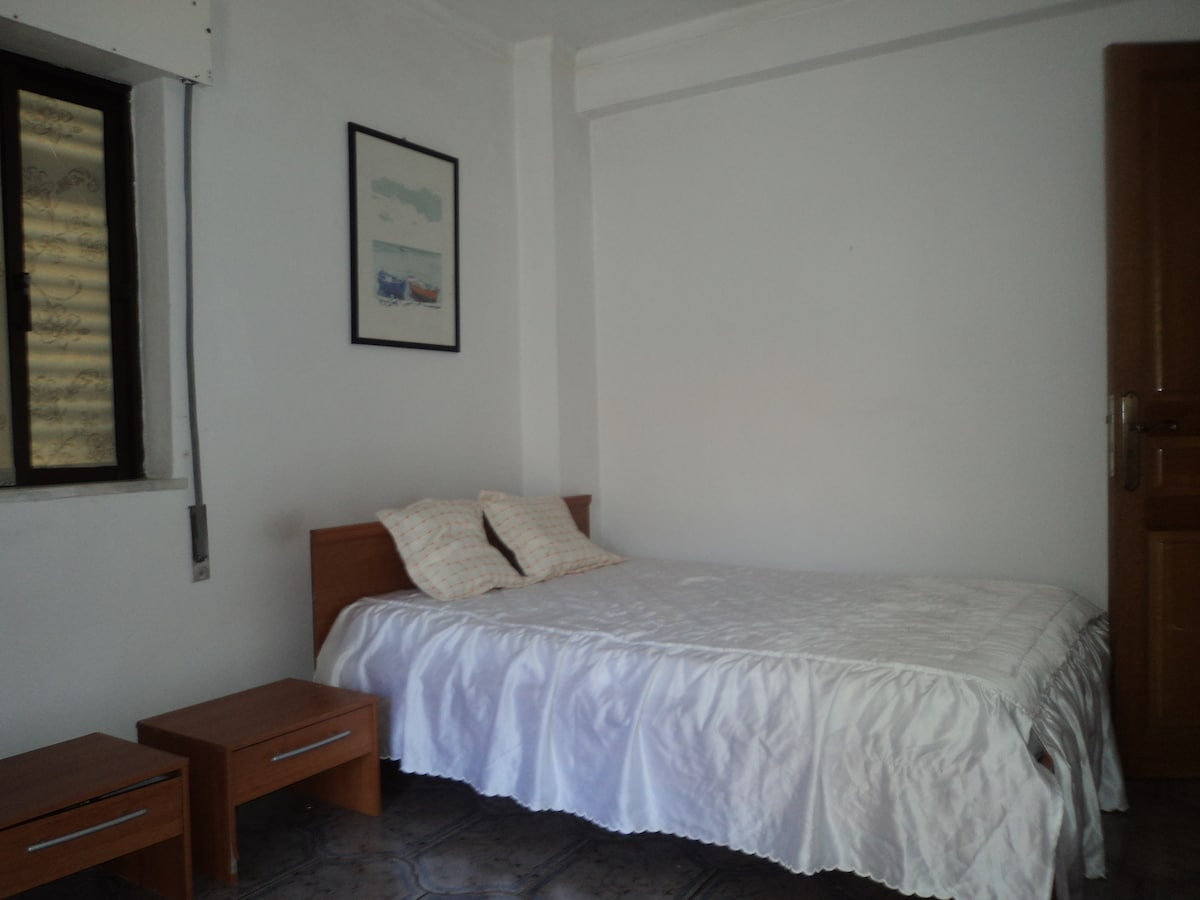 cozy room, 1Km from the beach