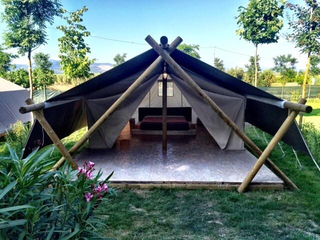 Exclusive MaxiTents Lounge4 Baratti