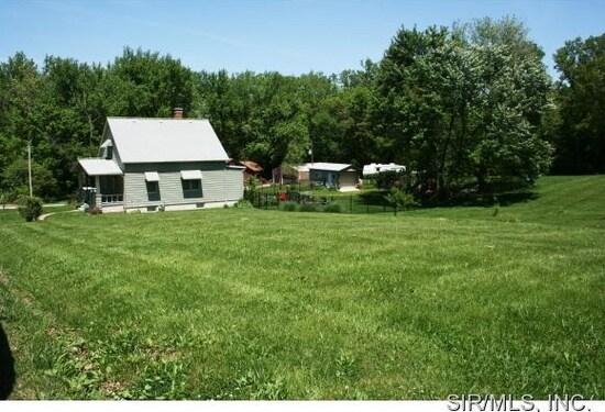 Farmhouse Near the City