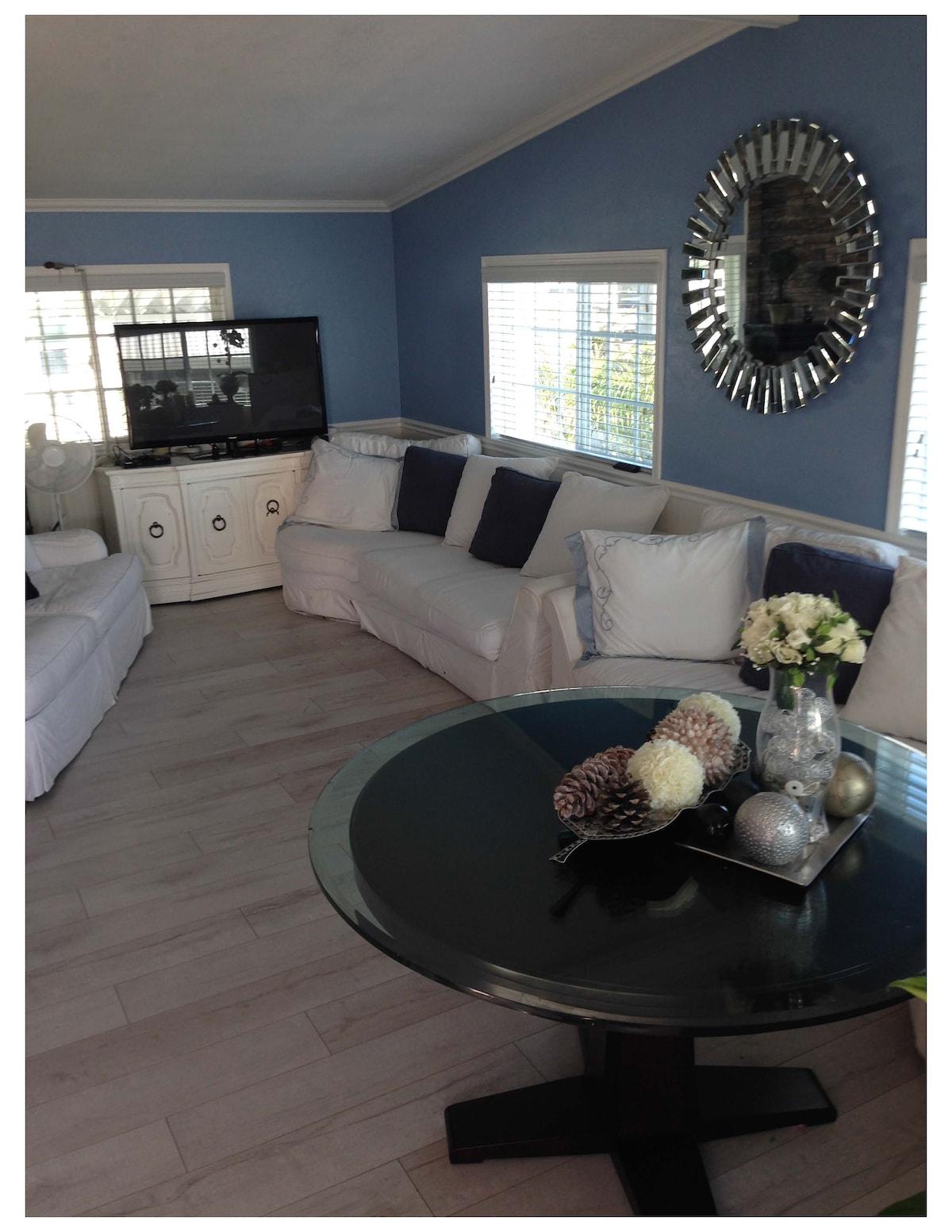 California Beach House Complete