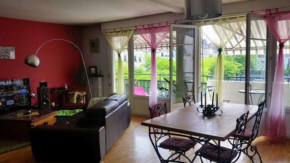 Chambre dans bel F4 place Jacquard