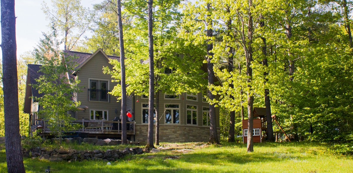 Family Cottage For Rent in Muskoka
