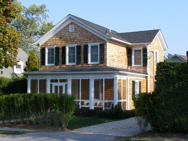 Charming Boutique House in Bellport