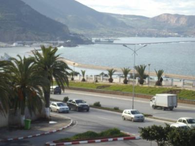 F4 centre d'Oran front de mer