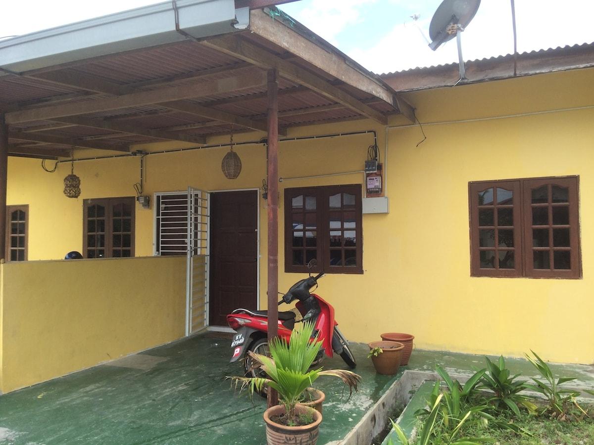 Cenang Valley Inn: Budget Housestay