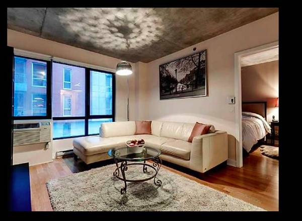 Griffintown condo fully furnished