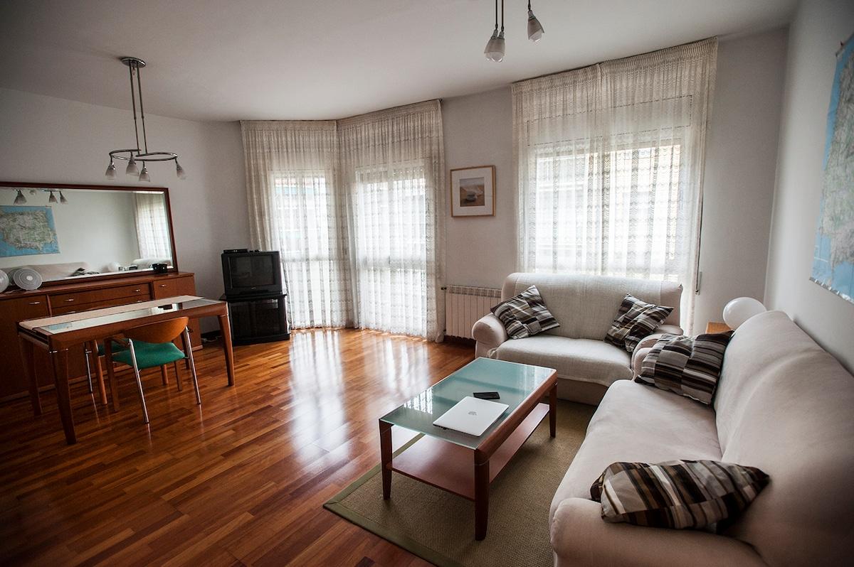 Double quiet room in nice apartment